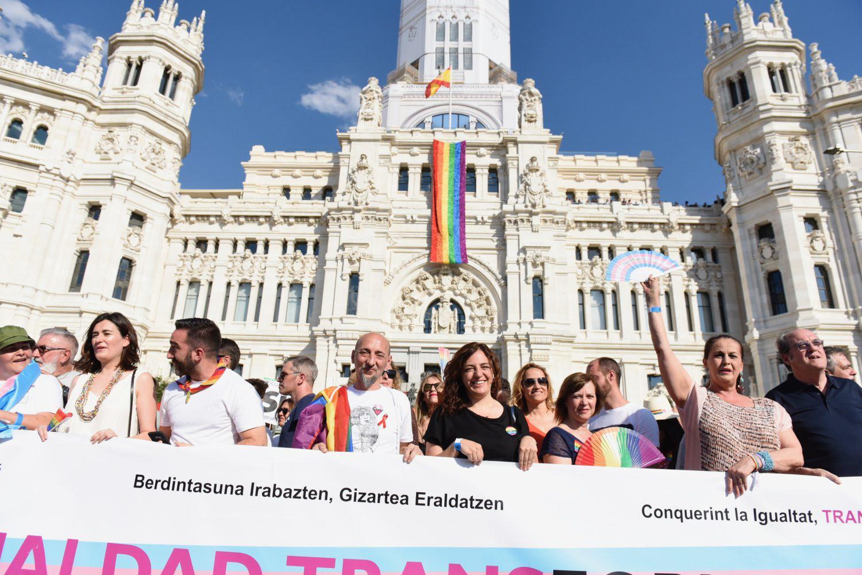 Arranca_la_manifestación_LGTBI_-_'Conquistando_Igualdad,_TRANSformando_la_sociedad'_07